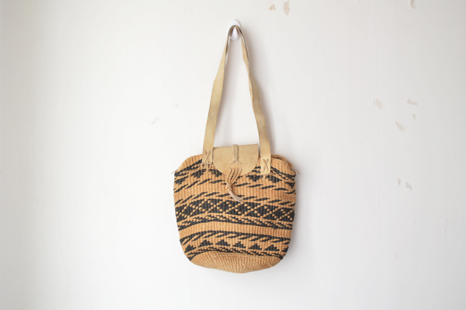Sisal Bag Peppermint magazine's vintage Etsy shopping guide – sustainable fashion