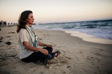 Elise Bialylew meditation happiness