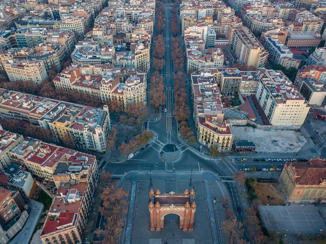 _Barcelona-shai-pal-fwi8RCxfmY4-unsplash-2